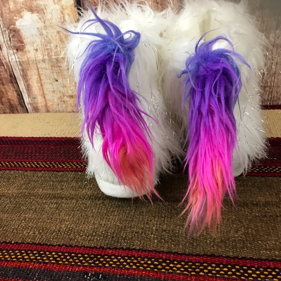 Justice Shoes   Unicorn Slipper Boots